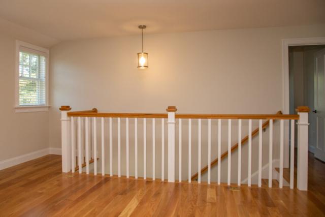 New Home Finish Work Railing