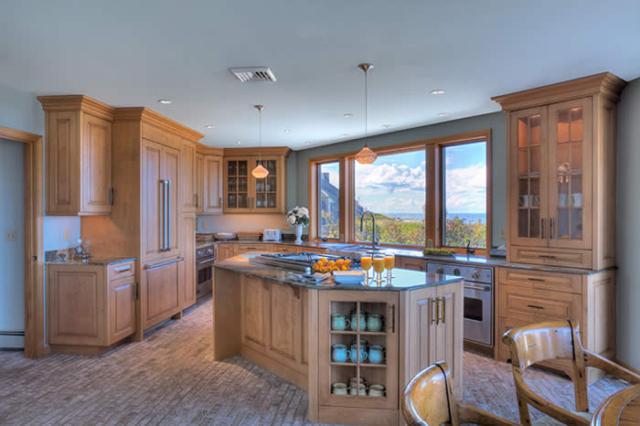 Beautiful Cape Cod kitchen