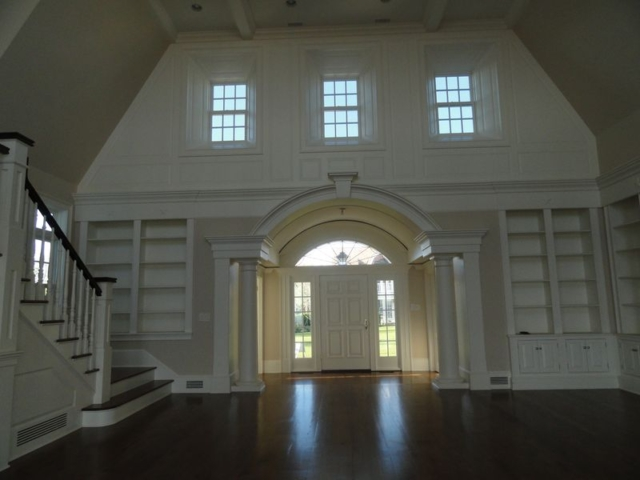 Large open floor plan front entry way, view from inside